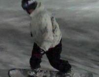 Snowboarding / Skiing