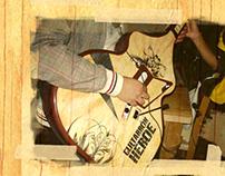 Delicados Guitarron Heroe Interactive