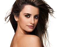 Penélope Cruz Cover Image - Discovery Style