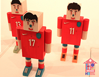 H9 WOOD TOY FOOTBALL SOCCER -17INCH ART TOY-