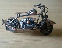 Unglued.......Miniatur HD motorcycle.........By SWHST