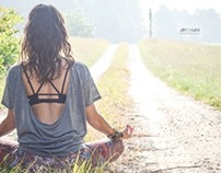 outdoor yoga session| hot asana teacher Lisa Tiffany