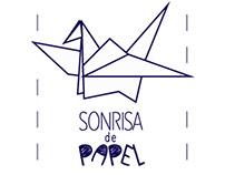 SONRISA DE PAPEL