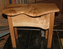 Wainy Edge Pippy Oak Side Table