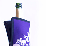 """Creation Design : Jacket for cooling wine """"FRIO"""""""