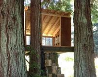 Mendocino Tree House - Guest Bedroom