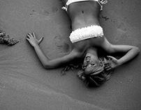 Maria in black & white