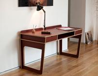 ACCO desk for L'EDITO