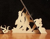 Wooden standing pictures