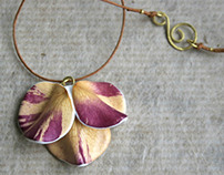 Botanist In Love Jewelry made of real natural flowers