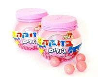 Bazooka gum package design