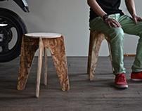壁に掛けられる組立式家具 / Wall hanging-knockdown furniture