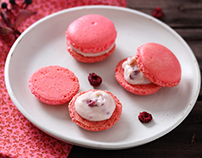 Raspberry white chocolate macarons
