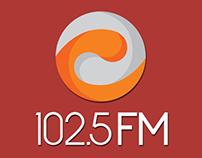 Materiais Diversos 102.5 FM