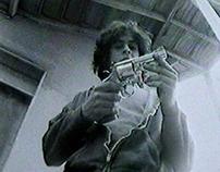 GUN (Film B&W)