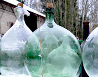 1001 Antique Bottles