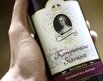 Korunovačné Víno | Wine Bottle Label