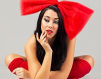 Red Christmas | La Magazine | December Issue 2013