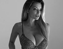 Lindsey Pelas - American Supermodel