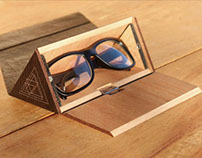 The Wooden Eyewear Case