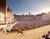 Inside Siena Palio, by Nicchio side