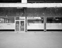 CRISIS 2011 - Closed shops