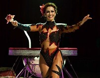 CIRCUS: The contortionist (Miss Betty - Circo Bellucci)