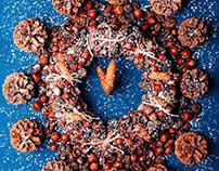 Creative Christmas clock.Acorn, cones.