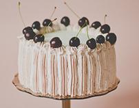 """Cake book """"Kirss tordil"""", author Sandra Veeremaa"""