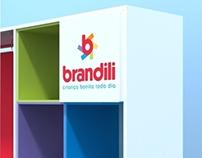 Mobiliário para lojas de roupas infantis Brandili.