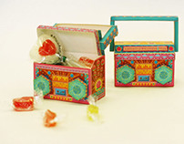Colorful Boombox: DIY Paper Toy/Favor Box