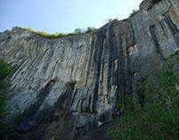Skaklya waterfall