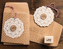 'Very Merry' christmas card and ornament kit