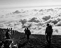 Más cerca del cielo en la Cima de El monte Fuji