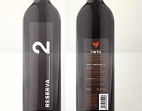 Reserva/2 wine bottle