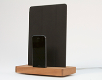 Slab: dual dock for iPhone 5s and iPad Air
