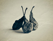 Pears - or the beauty of decay