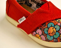 Little Custom Toms