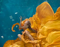 Bella | Underwater Shoot by Ilse Moore