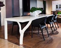 B'oom table