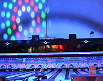 Holiday Lanes, lane numbers & ceiling accents