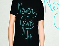 T-Shirt (Never Give Up)