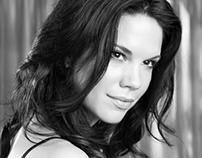 Mariana Klaveno - American actress