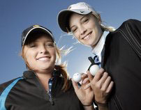 Sisters hit hole-in-one on same day