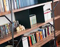 Logshelf | bookshelf