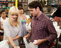 Food Bank Volunteering with Will Forte and Anna Faris