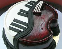 Piano - violin cake