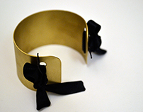 bracelet with bows