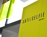 Anti/Selfie