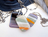 Multicolor glass pendants